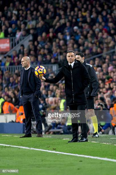 Luis Enrique Martinez and Zinedine Zidane during the spanish football league match between FC Barcelona and Real Madrid in Barcelona on December 3...