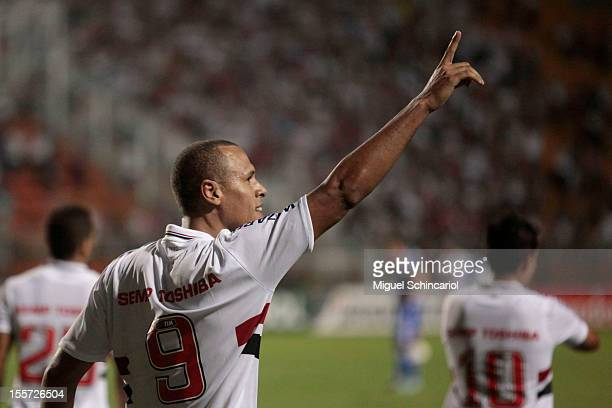 Luis Fabiano of S‹ao Paulo celebrates a goal during the match between S‹ao Paulo from Brazil and Universidad de Chile from Chile as part of the...