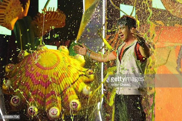 Luis Fernando Ceballos get slimed onstage during the Nickelodeon Kids' Choice Awards Mexico 2014 at Pepsi Center WTC on September 20 2014 in Mexico...
