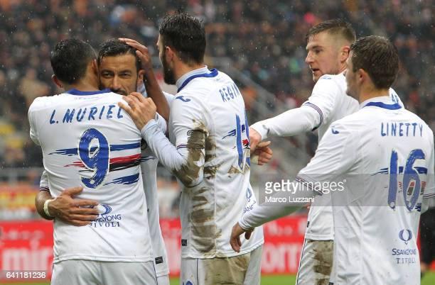 Luis Fernando Muriel of UC Sampdoria celebrates with his teammates Fabio Quagliarella Vasco Regini Milan Skriniar and Karol Linetty after scoring the...