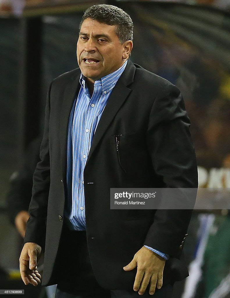 Luis Fernando Suárez, manager of the Honduras national team during an international friendly match at BBVA Compass Stadium on November 19, 2013 in Houston, Texas.