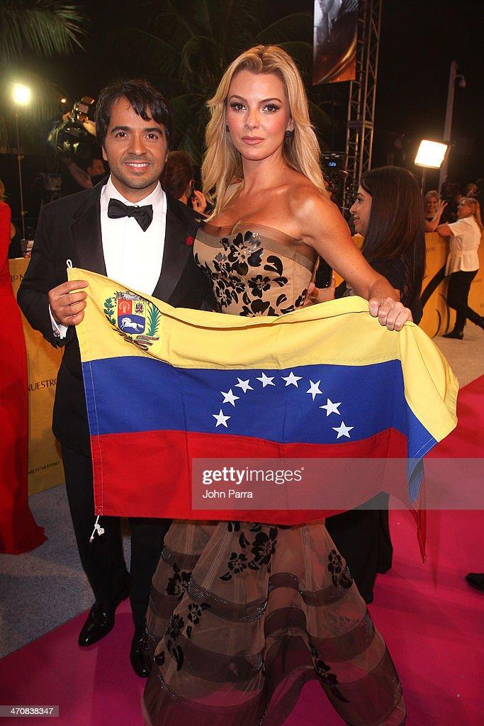 Luis Fonsi and Marjorie de Sousa attends Premio Lo Nuestro a la Musica Latina 2014 at American Airlines Arena on February 20, 2014 in Miami, Florida.