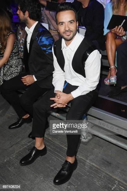 Luis Fonsi arrives at the Dsquared2 show during Milan Men's Fashion Week Spring/Summer 2018 on June 18 2017 in Milan Italy