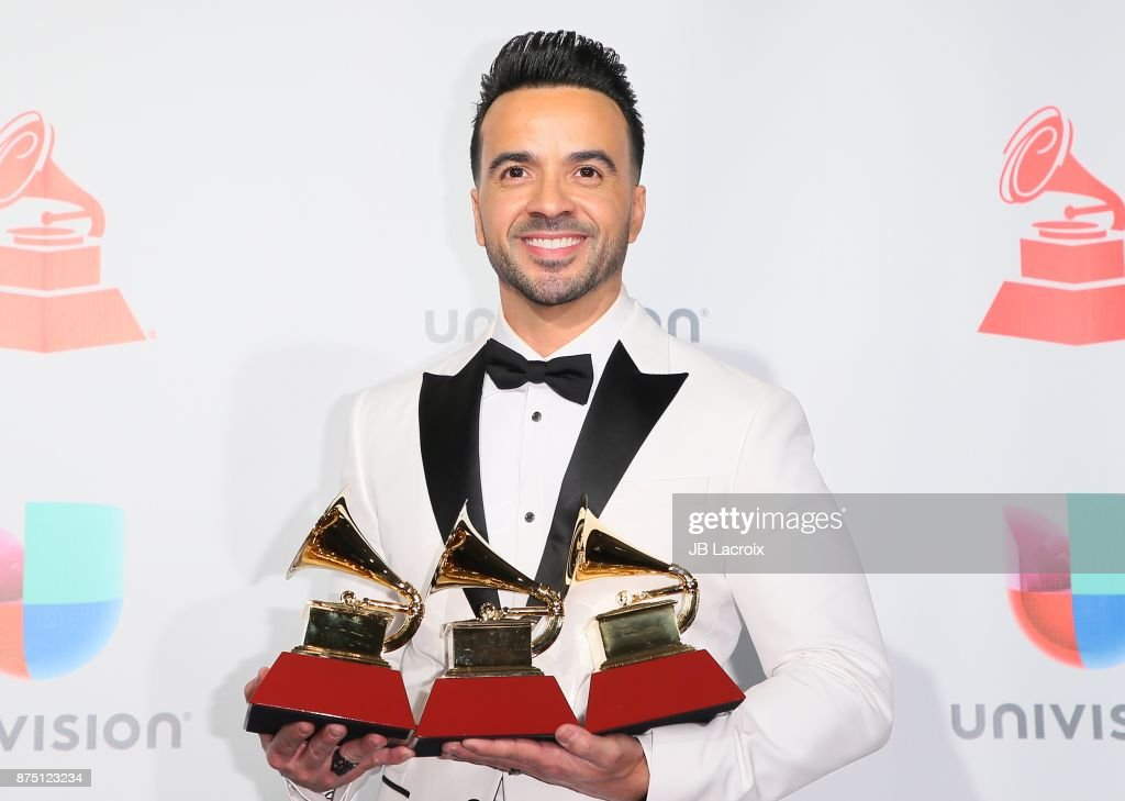 Luis Fonsi poses in the press room during The 18th Annual Latin Grammy Awards at MGM Grand Garden Arena on November 16, 2017 in Las Vegas, Nevada.