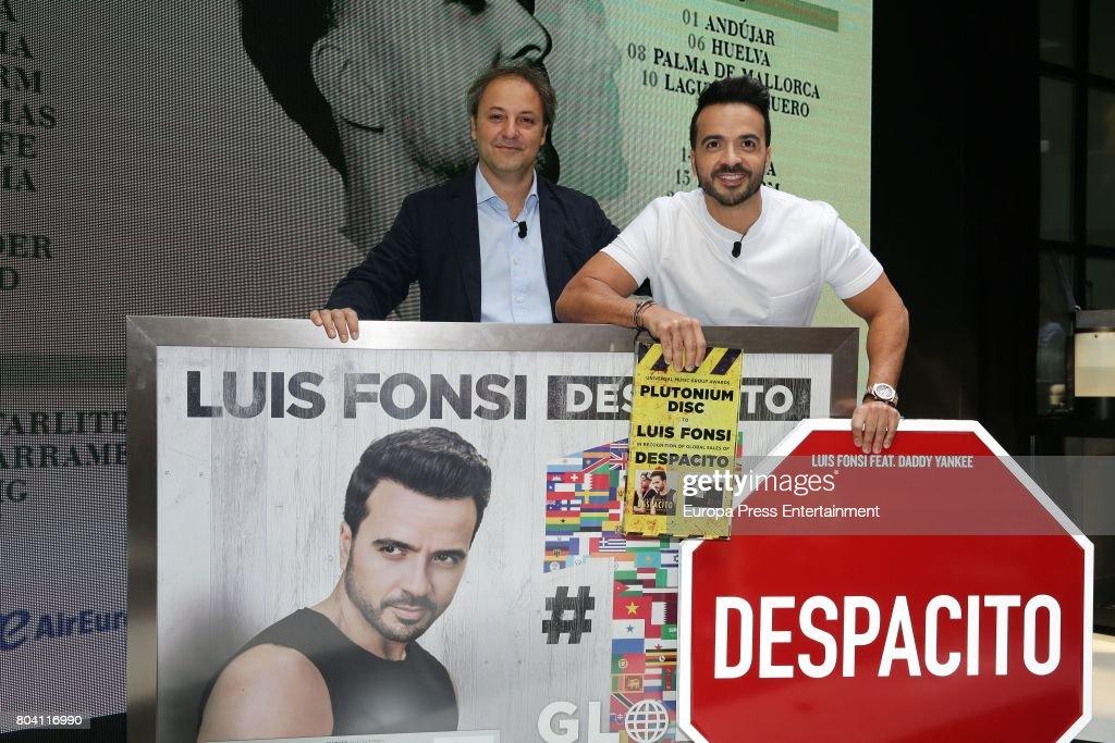 Luis Fonsi Presents His Tour 'Love + Dance World Tour' : News Photo