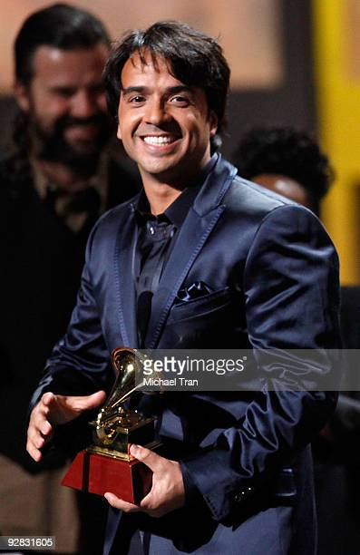 Luis Fonsi speaks onstage at the 10th Annual Latin Grammy Awards held at Mandalay Bay on November 5 2009 in Las Vegas Nevada