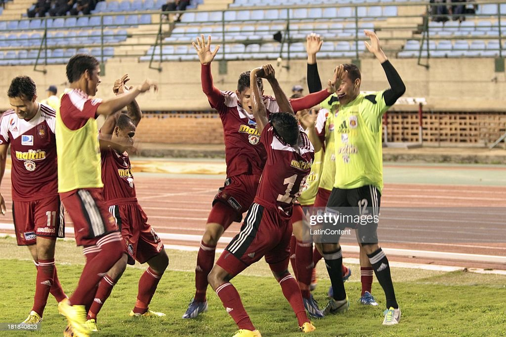 Luis Gonzalez of Caracas FC celebrates a scored goal during a match between Caracas FC and Deportivo La Guaira as part of the Apertura 2013 at Brígido Iriarte Stadium on September 25, 2013 in Caracas, Venezuela.