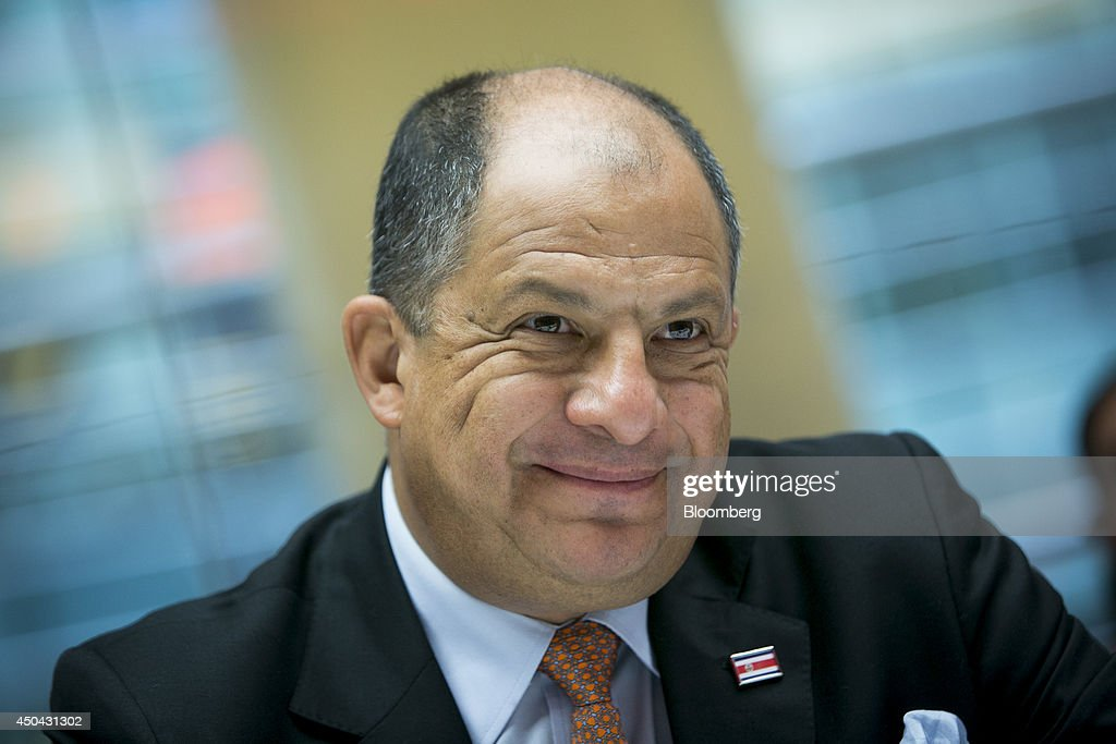 Luis Guillermo Solis, president of Costa Rica, smiles during an interview in New York - luis-guillermo-solis-president-of-costa-rica-smiles-during-an-in-new-picture-id450431302