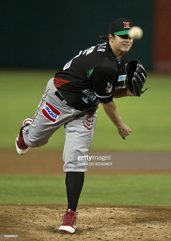 Luis Mendoza of Yaquis de Obregon of Mexico pitches against Criollos de Caguas of Puerto Rico during the 2013 Caribbean baseball series on February 6, 2013 in Hermosillo in the northern Mexican state of Sonora. The Mexican team won 10-0. AFP PHOTO/Ronaldo Schemidt