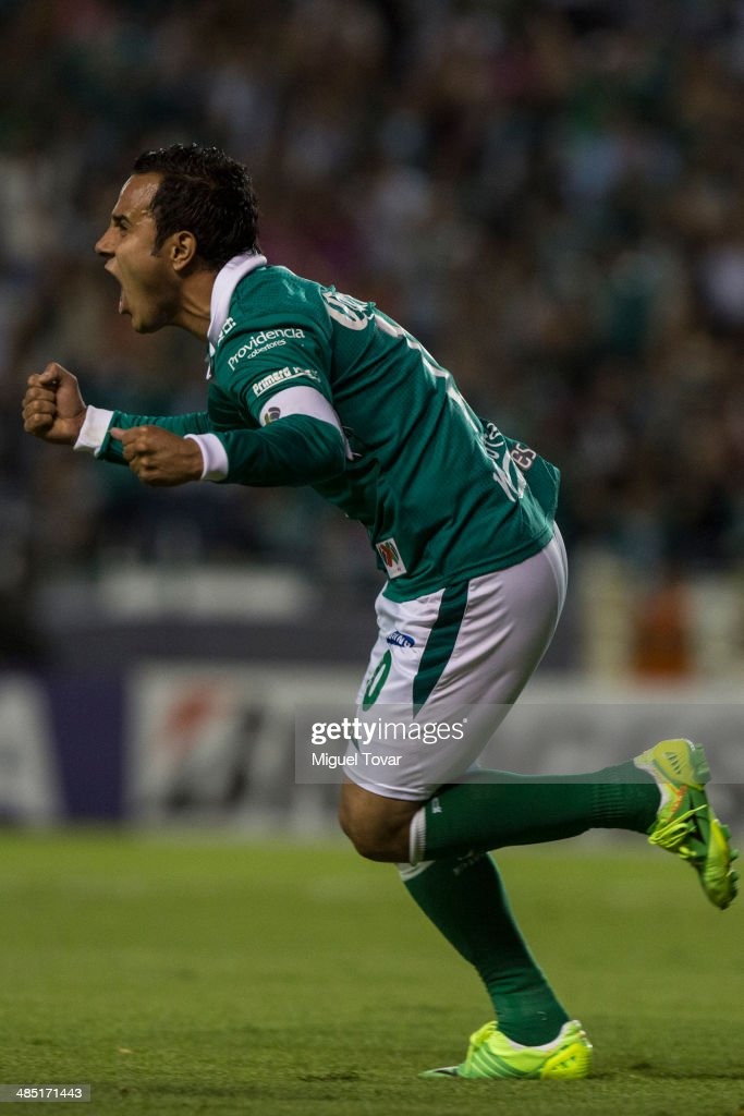 Luis Montes of Leon celebrates after scoring during a second round match between Leon and Bolivar as part of the Copa Bridgestone Libertadores 2014 at Leon Stadium on April 16, 2014 in Leon, Mexico.