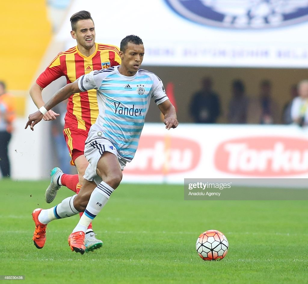 Luis Nani of Fenerbahce in action during the Turkish Spor Toto Super League football match between Kayserispor and Fenerbahce at Kadir Has Stadium in...