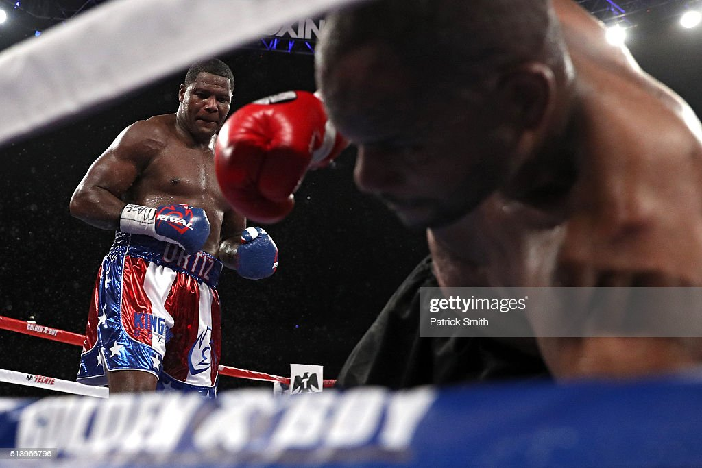 Luis Ortiz (left) knocks out <a gi-track='captionPersonalityLinkClicked' href=/galleries/search?phrase=Tony+Thompson&family=editorial&specificpeople=801462 ng-click='$event.stopPropagation()'>Tony Thompson</a> in their main event heavyweight match at the DC Armory on March 5, 2016 in Washington, DC.