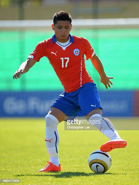 Luis Pavez of Chile in action during the Toulon Tournament Group A match between Portugal and Chile at the Stade Perruc on May 23 2014 in Hyeres...