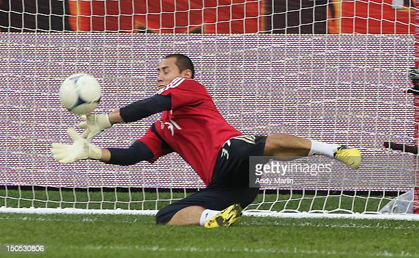 Luis Robles of the New York Red Bulls warms up prior to the match against the Portland Timbers at Red Bull Arena on August 19 2012 in Harrison New...