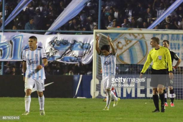 Luis Rodriguez of Atletico Tucuman celebrates with teammates his goal against Independiente in their Copa Sudamericana 2017 match in the Jose Fierro...