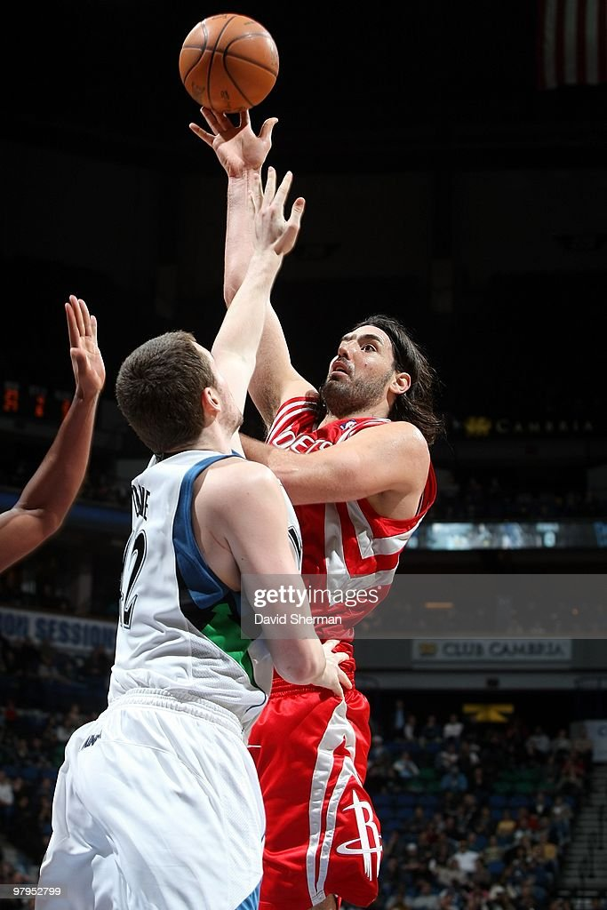 <a gi-track='captionPersonalityLinkClicked' href=/galleries/search?phrase=Luis+Scola&family=editorial&specificpeople=2464749 ng-click='$event.stopPropagation()'>Luis Scola</a> #4 of the Minnesota Timberwolves shoots over <a gi-track='captionPersonalityLinkClicked' href=/galleries/search?phrase=Kevin+Love&family=editorial&specificpeople=4212726 ng-click='$event.stopPropagation()'>Kevin Love</a> #42 of the Houston Rockets during the game at Target Center on March 06, 2010 in Minneapolis, Minnesota. The Rockets won 112-98.