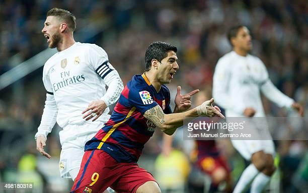 Luis Suarez of Barcelona celebrates after scoring goal during the La Liga match between Real Madrid CF and FC Barcelona at Estadio Santiago Bernabeu...