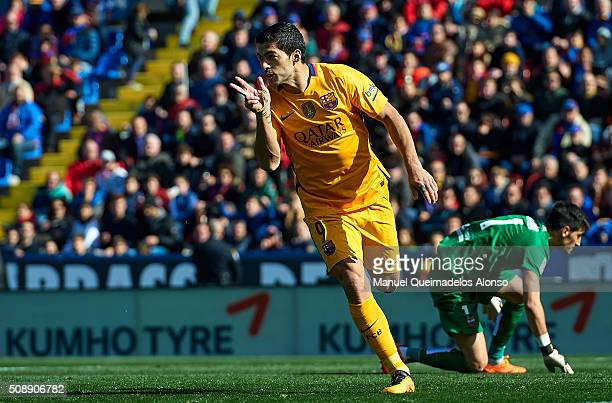 Luis Suarez of Barcelona celebrates scoring his team's second goal during the La Liga match between Levante UD and FC Barcelona at Ciutat de Valencia...