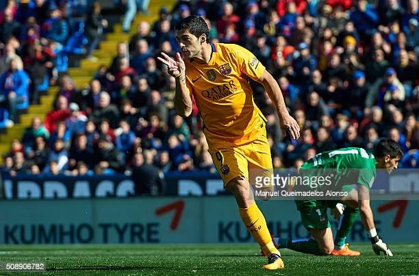 Luis Suarez of Barcelona celebrates scoring his team's second goal during the La Liga match between Levante UD and FC Barcelona at Ciutat de Valencia...