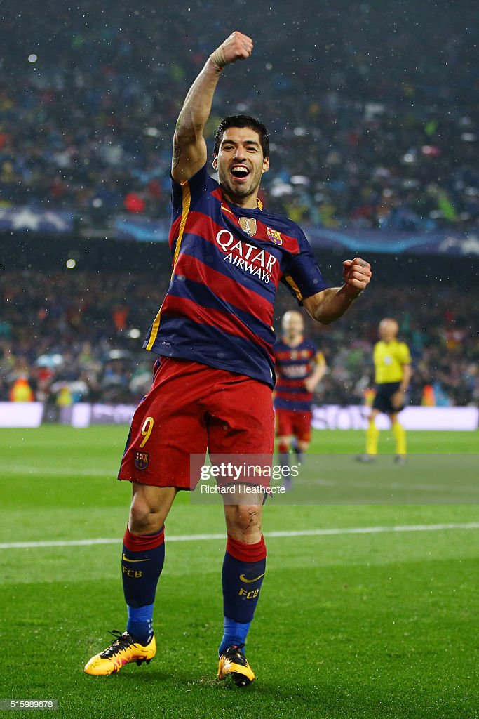 Luis Suarez (L) of Barcelona celebrates scoring his team's second goal with his team mate Jordi Alba (R) during the UEFA Champions League round of 16, second Leg match between FC Barcelona and Arsenal FC at Camp Nou on March 16, 2016 in Barcelona, Spain.