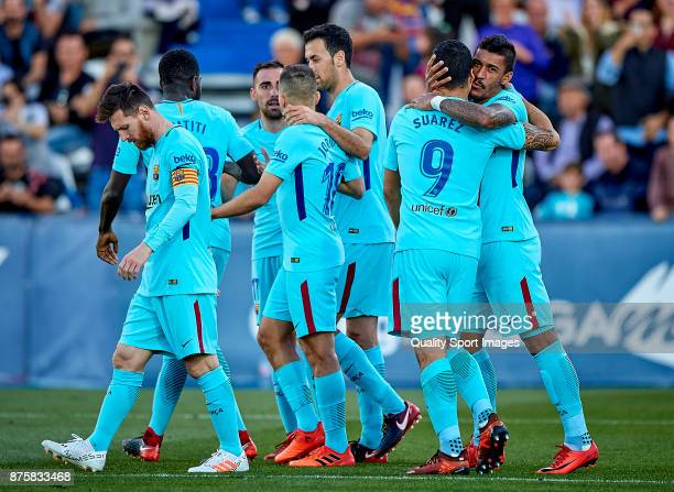 Luis Suarez of Barcelona celebrates with his teammates after scoring the second goal during the La Liga match between Leganes and Barcelona at...