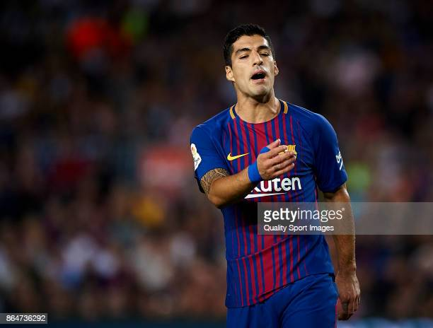 Luis Suarez of Barcelona reacts during the La Liga match between Barcelona and Malaga at Camp Nou on October 21 2017 in Barcelona Spain