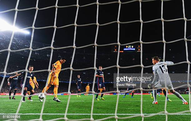 Luis Suarez of Barcelona scores their first and equalising goal during the UEFA Champions League quarter final first leg match between FC Barcelona...