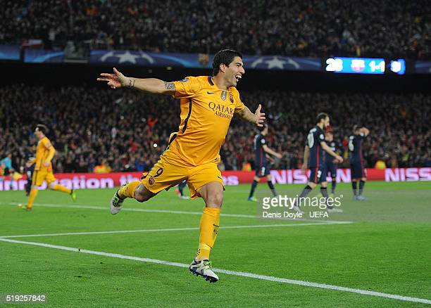 Luis Suarez of FC Barcelona celebrates after scoring his team's 2nd goal during the UEFA Champions League Quarter Final First Leg match between FC...