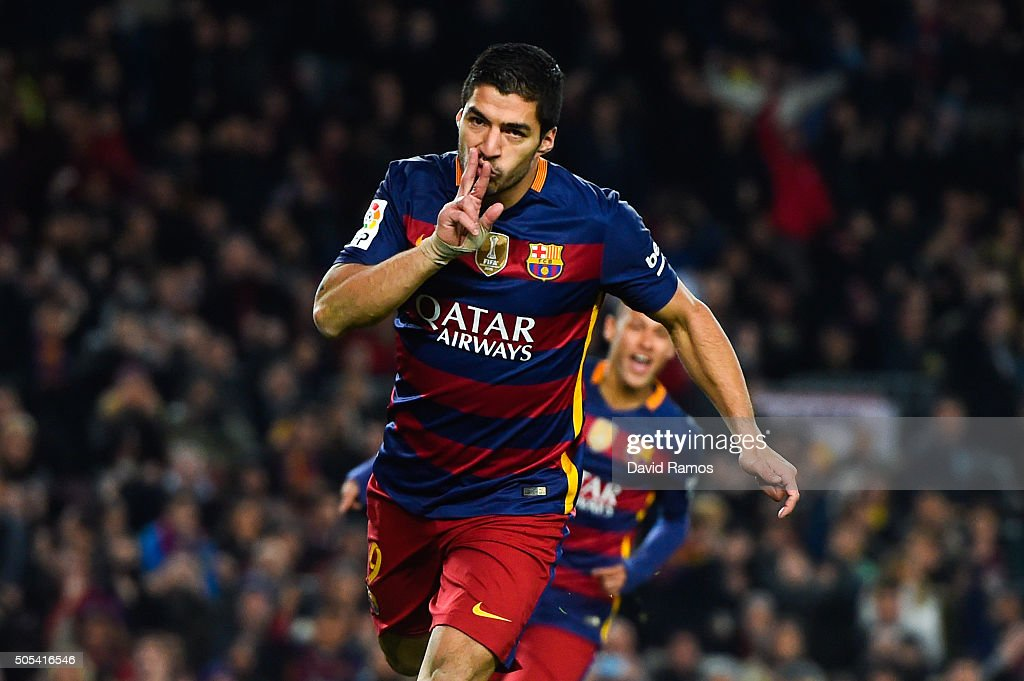 Luis Suarez of FC Barcelona celebrates after scoring his team's third goal the La Liga match between FC Barcelona and Athletic Club de Bilbao at Camp Nou on January 17, 2016 in Barcelona, Spain.