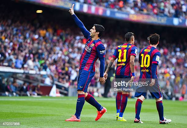 Luis Suarez of FC Barcelona celebrates after scoring the opening goal during the La Liga match between FC Barcelona and Valencia CF at Camp Nou on...