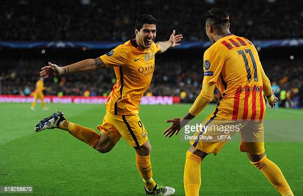 Luis Suarez of FC Barcelona celebrates with Neymar after scoring his team's 2nd goal during the UEFA Champions League Quarter Final First Leg match...