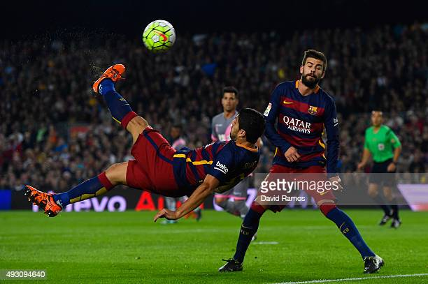 Luis Suarez of FC Barcelona performs an overhead kick during the La Liga match between FC Barcelona and Rayo Vallecano at the Camp Nou stadium on...