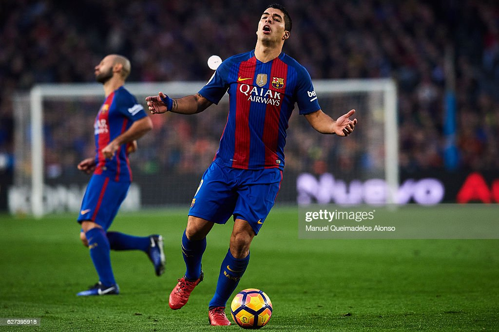 Luis Suarez of FC Barcelona reacts during La Liga match between FC Barcelona and Real Madrid CF at Camp Nou Stadium on December 3 2016 in Barcelona...
