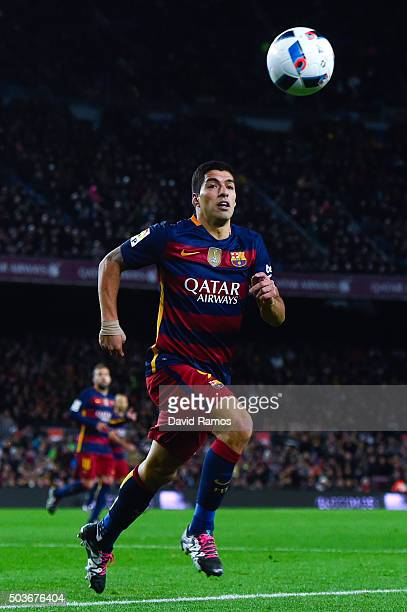 Luis Suarez of FC Barcelona runs for the ball during the Copa del Rey Round of 16 first leg match between FC Barcelona and RCD Espanyol at Camp Nou...