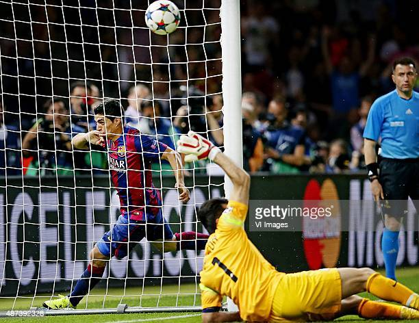 Luis Suarez of FC Barcelona scoring 21 Gianluigi Buffon of Juventus during the UEFA Champions League final match between Barcelona and Juventus on...