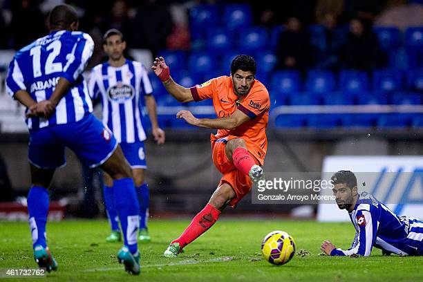 Luis Suarez of FC Barcelona strikes the ball during the La Liga match between RC Deportivo La Coruna and FC Barcelona at Riazor Stadium on January 18...