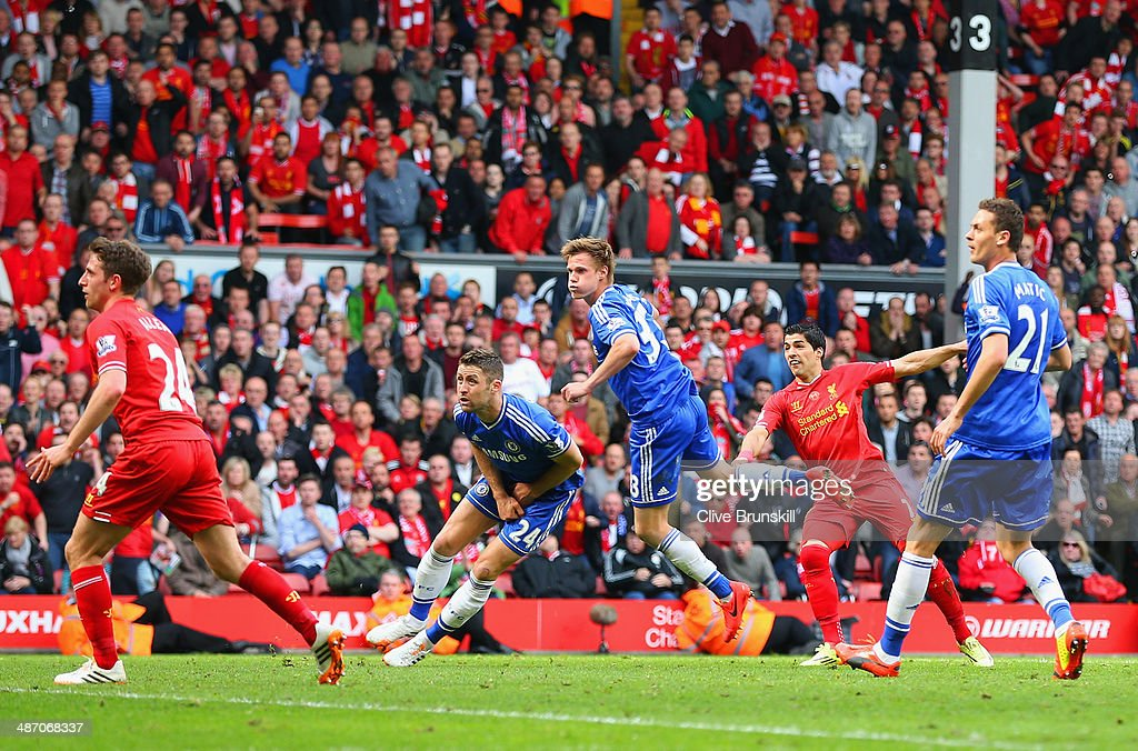 Luis Suarez of Liverpool narrowly misses a chance at goal during the Barclays Premier League match between Liverpool and Chelsea at Anfield on April 27, 2014 in Liverpool, England.