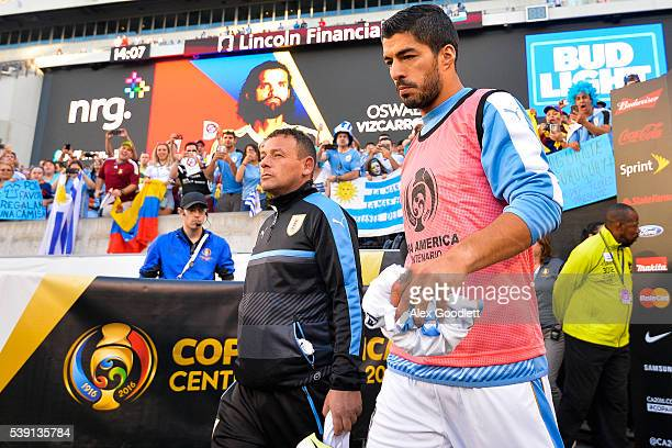 Luis Suarez of Uruguay enters the pitch before a group C match between Uruguay and Venezuela at Lincoln Financial Field as part of Copa America...