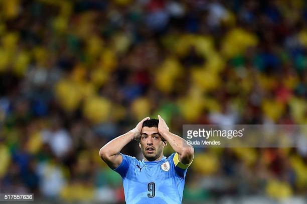 Luis Suarez of Uruguay laments lost a goal during a match between Brazil and Uruguay as part of 2018 FIFA World Cup Russia Qualifiers at Arena...