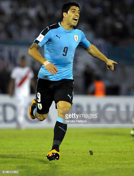 Luis Suarez of Uruguay runs in the field during a match between Uruguay and Peru as part of FIFA 2018 World Cup Qualifiers at Centenario Stadium on...