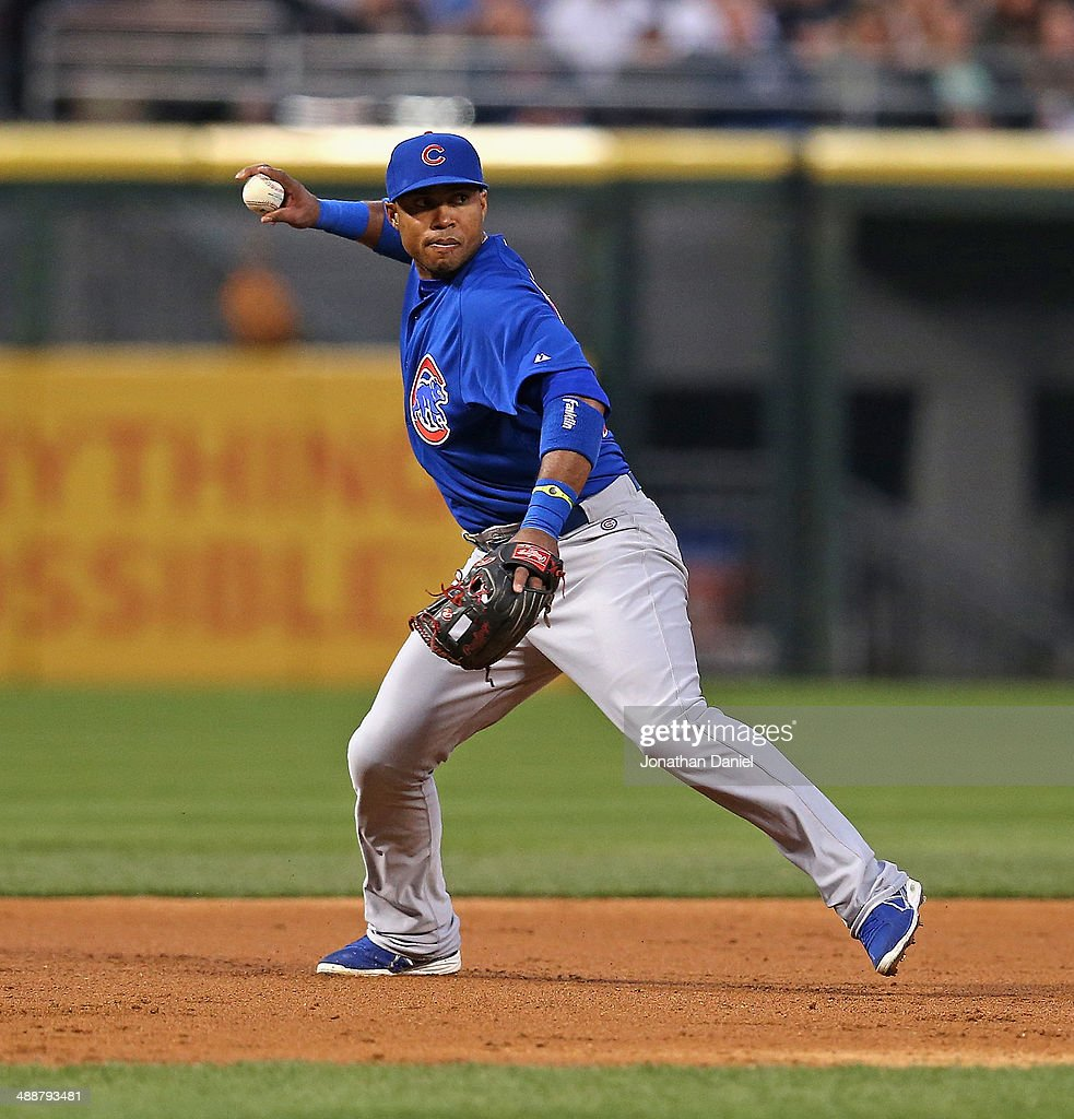 <a gi-track='captionPersonalityLinkClicked' href=/galleries/search?phrase=Luis+Valbuena&family=editorial&specificpeople=5537111 ng-click='$event.stopPropagation()'>Luis Valbuena</a> #24 of the Chicago Cubs throws out a Chicago White Sox runner at U.S. Cellular Field on May 7, 2014 in Chicago, Illinois. The White Sox defeated the Cubs 8-3.