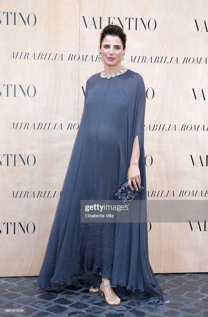 Luisa Ranieri attends the Valentino 'Mirabilia Romae' haute couture collection fall/winter 2015 2016 at Piazza Mignanelli on July 9 2015 in Rome Italy