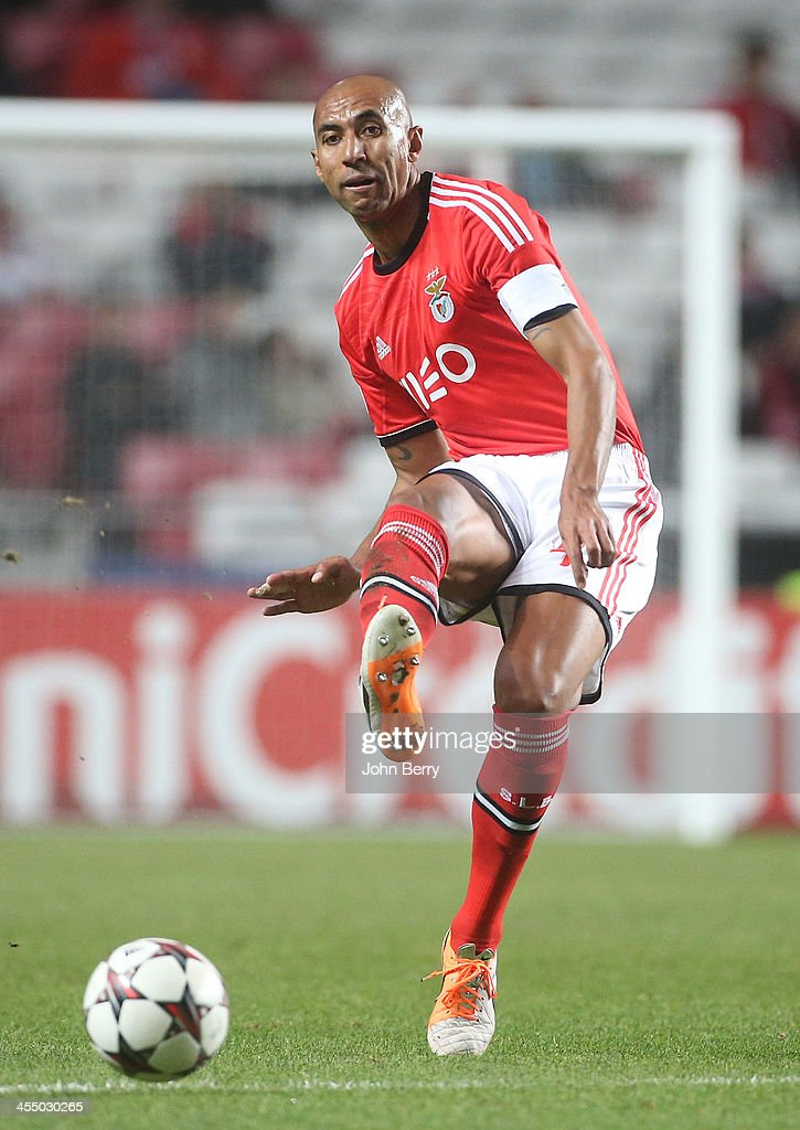<a gi-track='captionPersonalityLinkClicked' href=/galleries/search?phrase=Luisao&family=editorial&specificpeople=490899 ng-click='$event.stopPropagation()'>Luisao</a> of Benfica in action during the UEFA Champions League match between SL Benfica and Paris Saint-Germain FC at the Estadio de la Luz stadium on December 10, 2013 in Lisbon, Portugal.