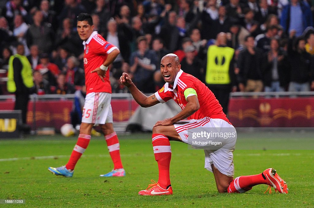 <a gi-track='captionPersonalityLinkClicked' href=/galleries/search?phrase=Luisao&family=editorial&specificpeople=490899 ng-click='$event.stopPropagation()'>Luisao</a> of Benfica reacts during the UEFA Europa League Final between SL Benfica and Chelsea FC at Amsterdam Arena on May 15, 2013 in Amsterdam, Netherlands.