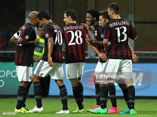 Luiz Adriano of AC Milan celebrates his goal with his teammates during the TIM Cup match between AC Milan and AC Perugia at Stadio Giuseppe Meazza on...