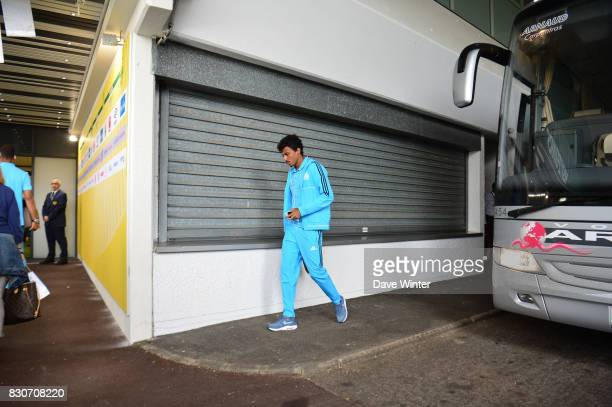 Luiz Gustavo Dias of Marseille arrives for the Ligue 1 match between FC Nantes and Olympique Marseille at Stade de la Beaujoire on August 12 2017 in...
