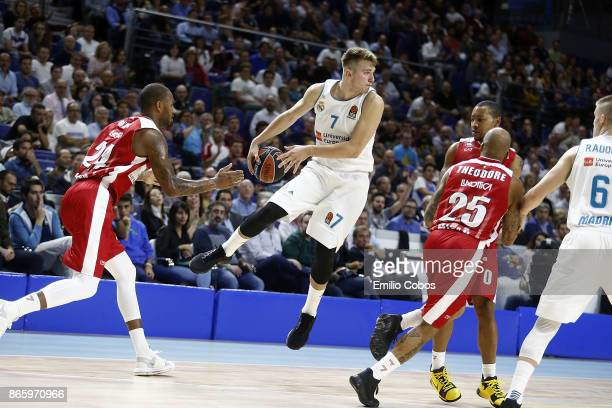 Luka Doncic #7 of Real Madrid in action during the 2017/2018 Turkish Airlines EuroLeague Regular Season Round 3 game between Real Madrid and AX...
