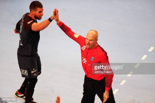 Luka Karabatic and Thierry Omeyer of PSG celebrate during the Lidl Starligue match between Paris Saint Germain and Saint Raphael on October 5 2017 in...
