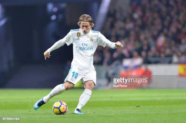 Luka Modric during the Spanish Primera Division match between Atletico Madrid v Real Madrid at the Estadio Wanda Metropolitano on November 18 2017 in...