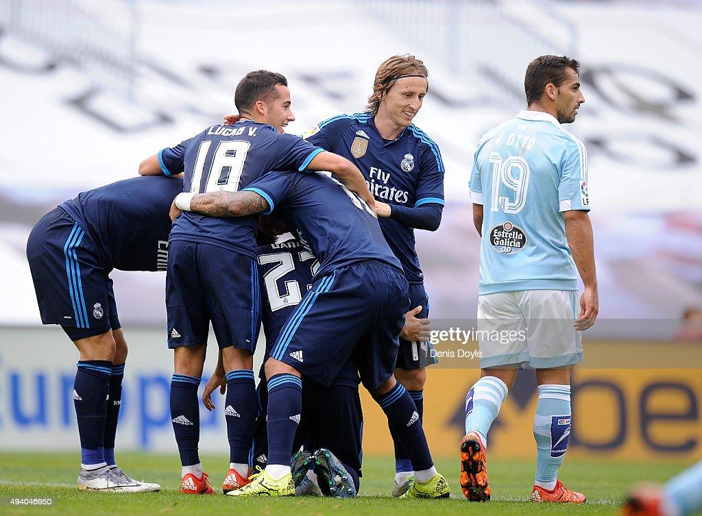 Luka Modric of Real Madrid celebrates after Danilo scored Real's 2nd goal during the La Liga match between Celta Vigo and Real Madrid at Estadio...
